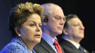 Dilma Rousseff (à esq) - Foto: AFP