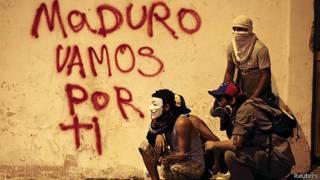manifestantes de oposicion en Venezuela