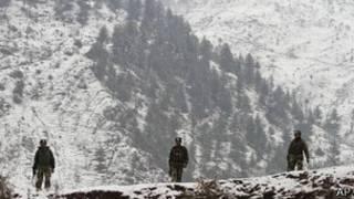 Soldados indios en Cachemira