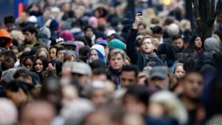 Толпа на Оксфорд-стрит