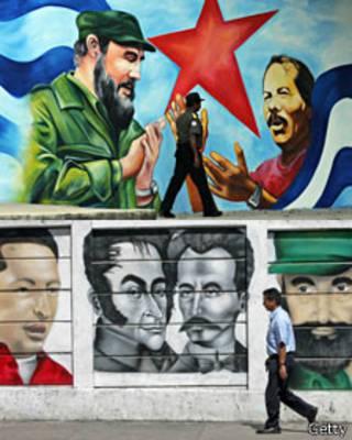Murales de Fidel Castro en Nicaragua y Venezuela