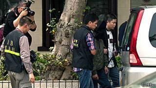 Policía detiene a sospechosos en Hong Kong
