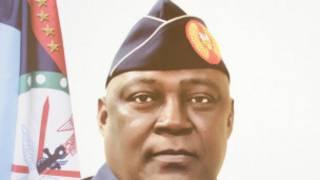 Babban Hafsan Hafsoshin Tsaron Najeriya Air Marshal Alex Badeh