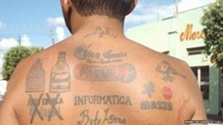 टैटू विज्ञापन