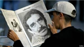 Jornal com  retrato (foto Getty)