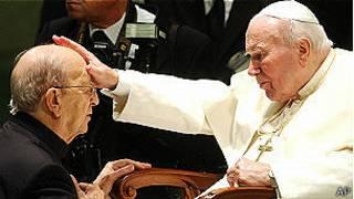 Juan Pablo II y Marcial Maciel