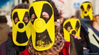 """Шествия """"Чернобыльский шлях"""", посвященные годовщинам аварии на Чернобыльской АЭС, белорусская оппозиция организует каждый год. Фото 2012 года."""