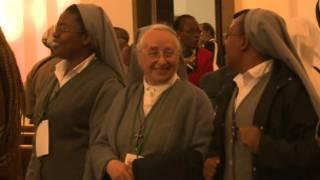 Des membres du conseil chargé d'affiner les sanctions de l'Eglise contre les abus sexuels