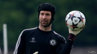 Petr Cech yari amaze imyaka 11 muri Chelsea.