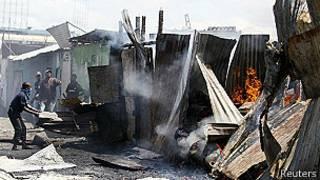 Destrucción en un mercado de Nairobi