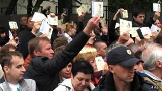 passports_ukrainians_referendum