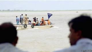 बांग्लादेश में नाव दुर्घटना