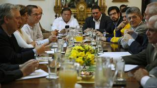 Reunión de Unasur con oposición