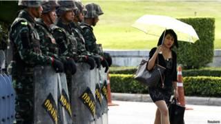 Militares em Bangcoc (Reuters)