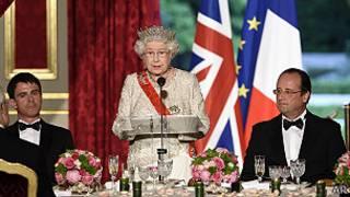 Reina Isabel, Hollande