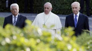 Аббас, папа Римский и Перес