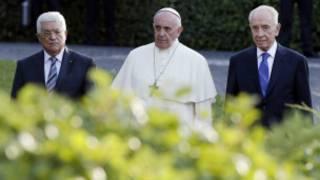 Mahmoud Abbas, Papa na Shimon Peres Vatikani