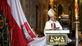 La cabeza de la Iglesia Católica de Polonia, arzobispo Henryk Muszynski