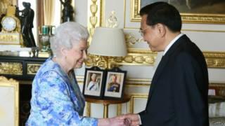 Reina Isabel y Li Keqiang