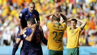 Hà Lan thắng Úc 3-2
