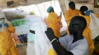 Likitoci masu kula da wadanda ke fama da cutar Ebola