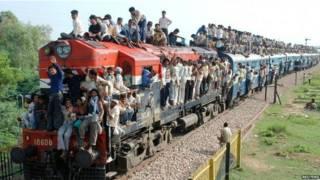 भारत, रेल, यात्रियों की भीड़