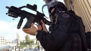 جندي مكافحة إرهاب فرنسي