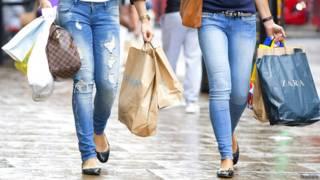 Покупательницы в Лондоне
