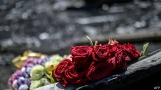 Flores en el lugar del siniestro