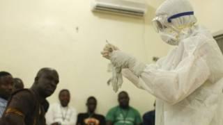 وباء الإيبولا