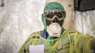 Indwara ya Ebola ubu yibasiye ibihugu byo muri Afurika y'uburengerazuba