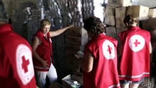 Miembros de la Cruz Roja ucraniana