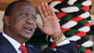 Uhuru Kenyata avuga ko ingingo ziherekeza imfashanyo zibangamira iterambere