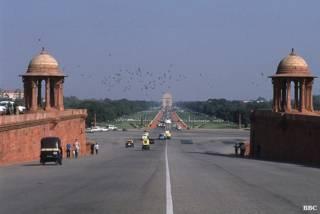 नई दिल्ली, राजपथ, इंडिया गेट