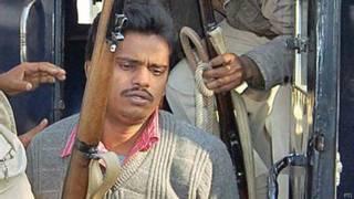 पुलिस अभिरक्षा में सुरेंद्र कोली