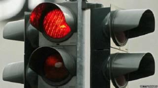 रेड लाइट, ट्रैफिक के नियम, शहरी यातायात
