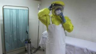 Ebola imaze guhitana abantu barenga 4000 muri Afurika y'Uburengerazuba.