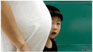 جنوبی کوریا میں گرتی ہوئی شرح پیدائش