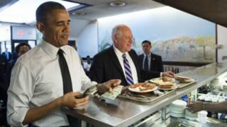 Президент США Барак Обама и губернатор штата Иллинойс Пэт Куинн