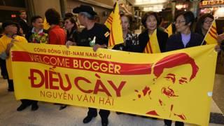 Người Việt hải ngoại chờ đón blogger Điếu Cày