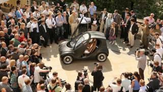 हाइड्रोजन ईंधन से चलने वाली रिवरसिंपल कार