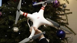 क्रिसमस पर ड्रोन का तोहफ़ा