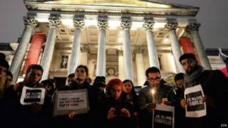 وقفة في بريطانيا تضامنا مع الضحايا