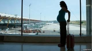 गर्भवती महिलाओं को हवाई सफ़र से बचना चाहिए
