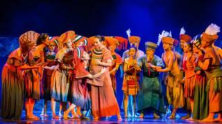 舞劇《逐夢天涯》講述母子追尋太陽的故事