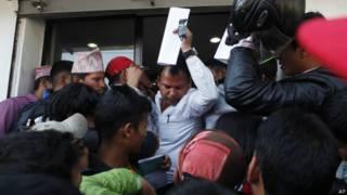 काठमांडू हवाई अड्डा यात्रियों के लिए खोला गया