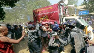 myanmar_students_crackdown_