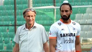 सरदार सिंह, भारतीय हॉकी टीम के कोच के साथ