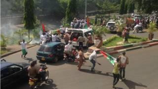 Những người ủng hộ Tổng thống Burundi, ông Nkurunziza
