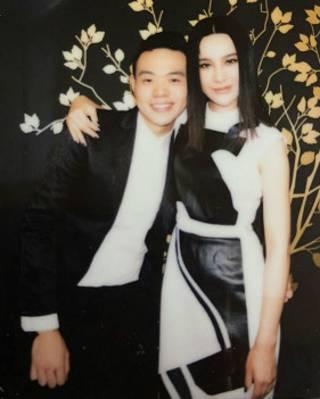 鄧竹負責尚雯婕在海外的業務推廣